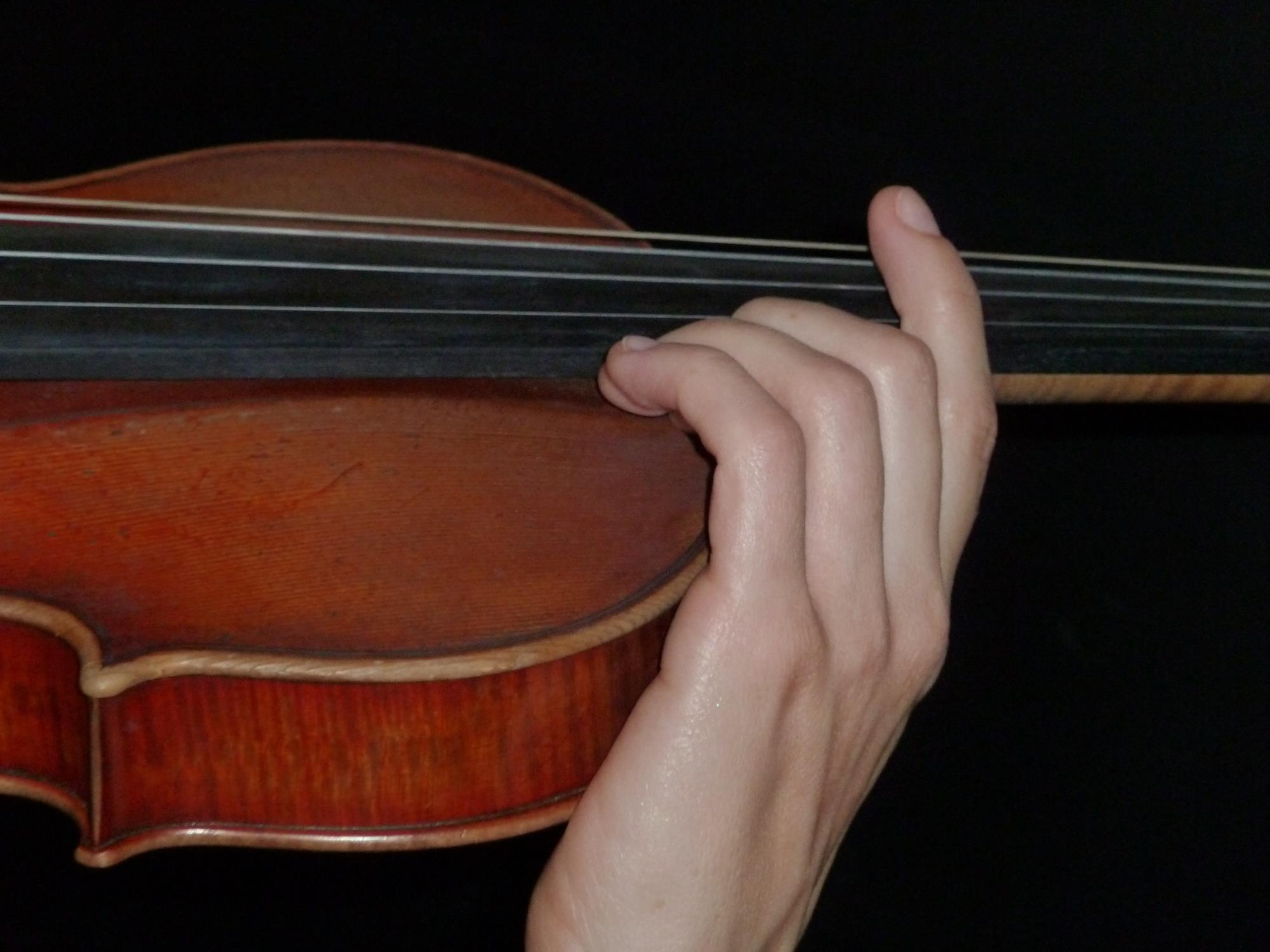 A step-by-step guide to mastering violin vibrato | Article | The Strad