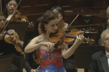 Hilary Hahn plays Bach in 1997 | Video | The Strad