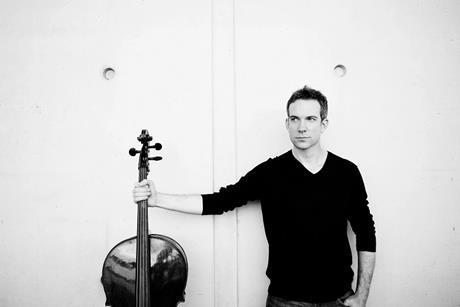 Standing cello ∏ sarah wijzenbeek