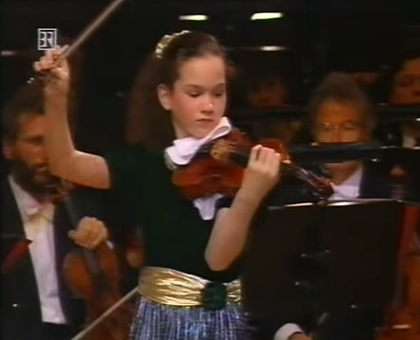 Violinist Hilary Hahn performs Bach aged 15 | Article | The Strad