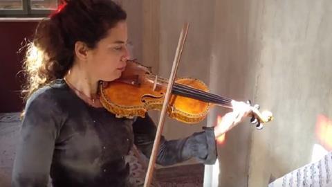 3d-printed violin hybrid