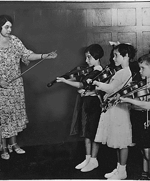 Teaching1923