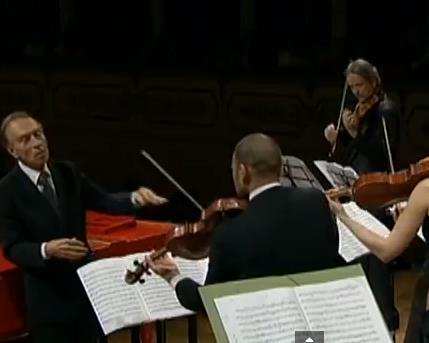 Orchestra_Mozart