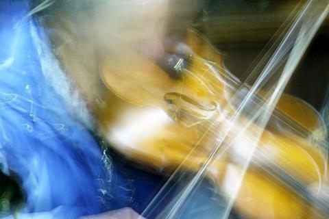 Slow shutter violinist