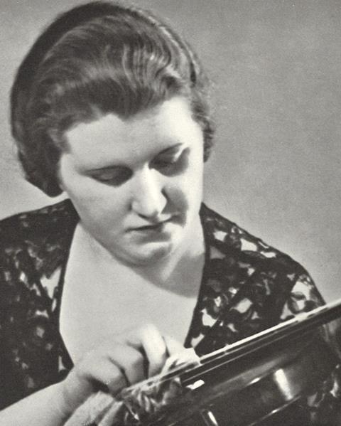 Marie Wilson crop